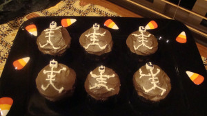Dancing Skeleton Cupcakes