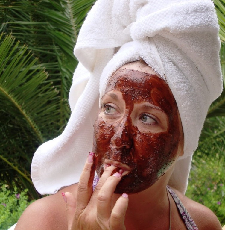 Finger licking chocolate facial