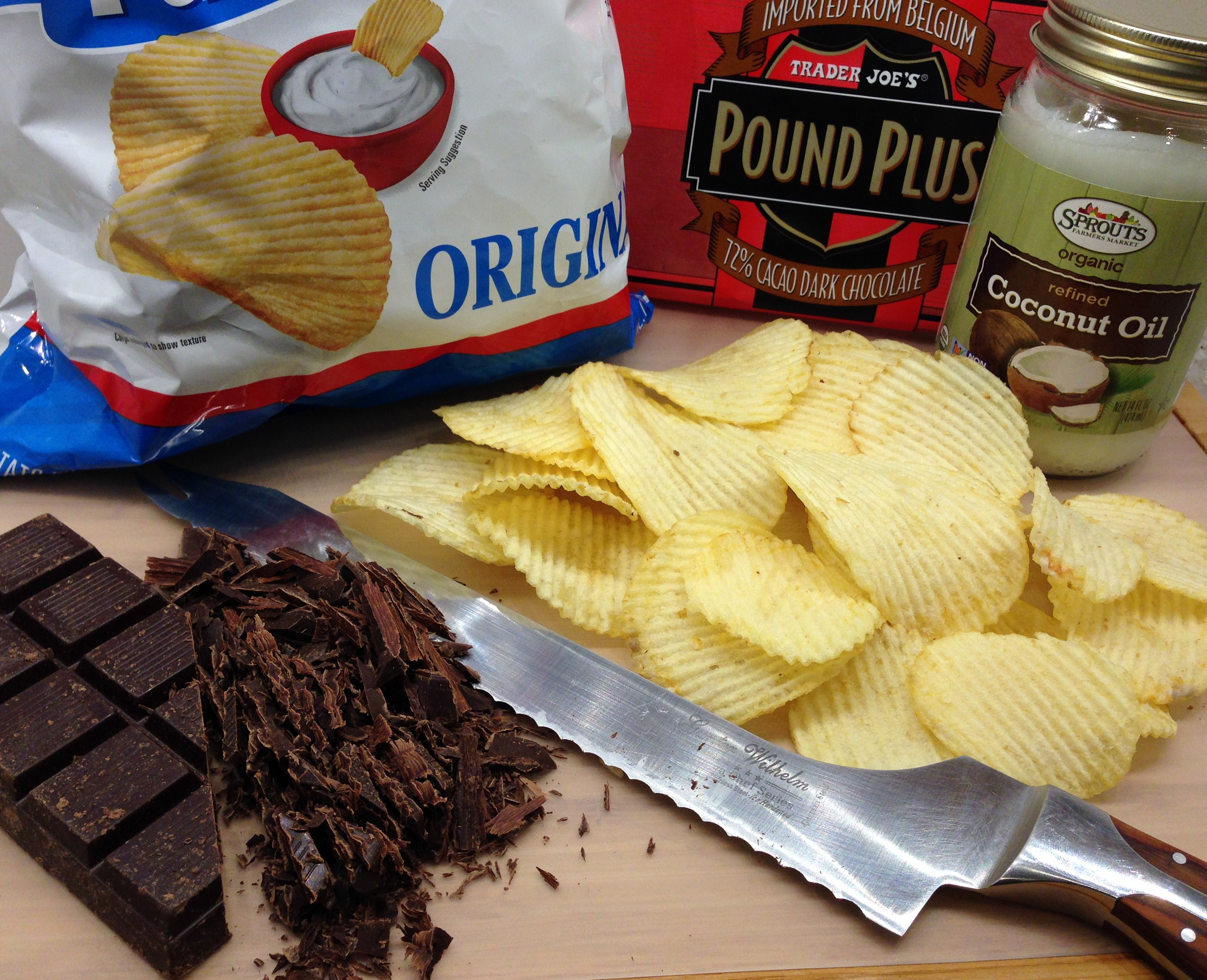 Chocolate Dipped Potato Chips Ingedients
